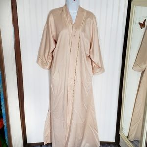 Vintage silk Chloe France long dressing gown robe